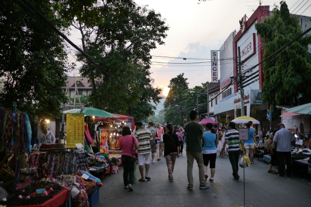 Walking Street3