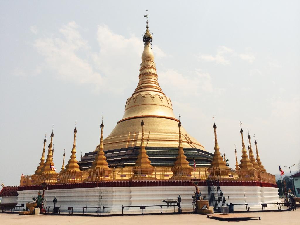 myanmar stupa