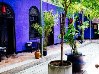 Hotel rooms at Blue Mansion